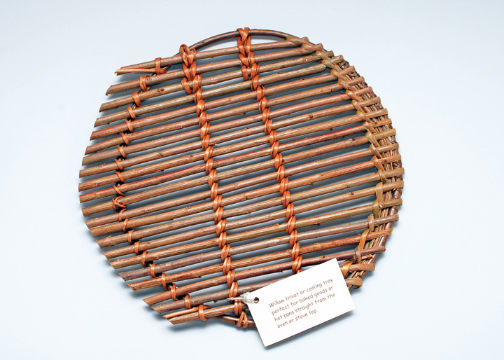 round willow trivet