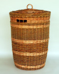 willow hamper with lid